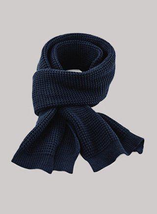 Schals und Handschuhe